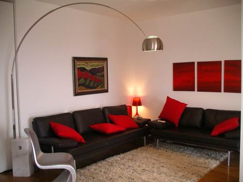 Guest blog creating more space in your home shelfstore for Focal point of a room