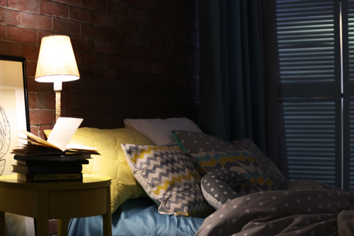 bedroom-at-night-fotolia_110598835